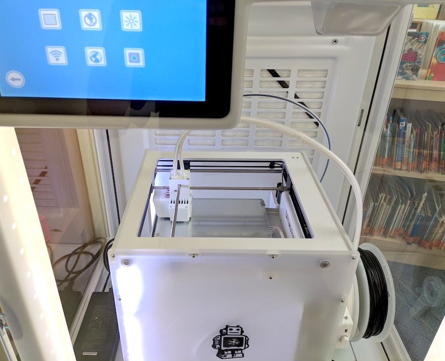 Ultimaker 3D printing at the school